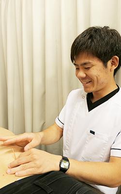 松井 航汰:浅草橋のマッサージ・整体 ぎっくり腰、はり、骨盤矯正なら 森の治療院